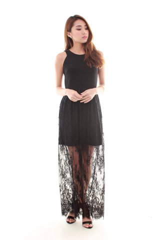 Juliet Lace Maxi Dress in Black