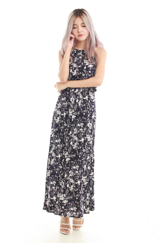 Adrienne Halter Maxi Dress in Navy white Floral