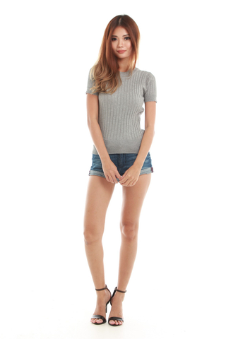 Sennia Knit Top in Grey
