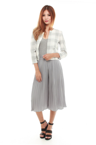 Larel Boxy Jacket in Light Grey Plaids