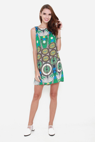 Court and Spark Sleeveless Shift Dress in Dreamcatcher