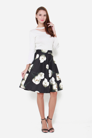 Grin and Flare Floral Skirt in Black Tulips Print