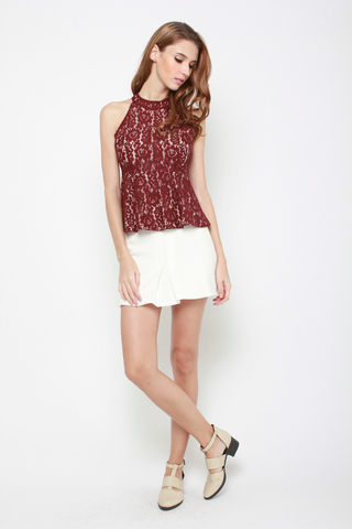 Rose to Fame Lace Top in Maroon