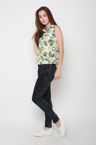 Higher Flower Floral Top in Leafy Paradise