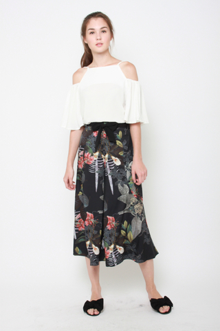 No If or Buds Floral Culottes