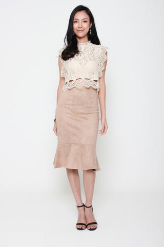 Oh Honey Crop Crochet Lace Top in Cream