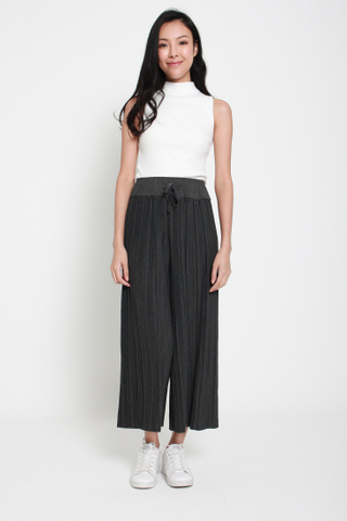 Shut it Down Pleated Culottes in Grey