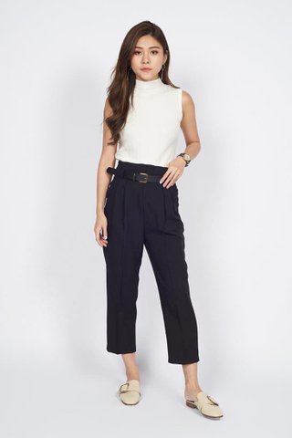 Tailored Cropped Pants in Black