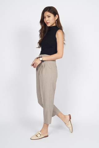 Tailored Cropped Pants in Brown